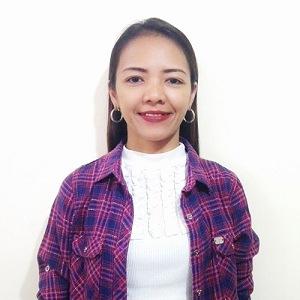 Karen Abad (Karen)